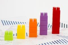 Grafici di Businees con i blocchi Immagini Stock Libere da Diritti