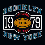 Grafici di tipografia della maglietta delle state college di Brooklyn Fotografie Stock