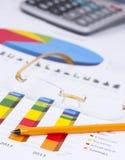 Grafici e numeri di affari Immagine Stock Libera da Diritti