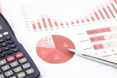 Grafici rossi di affari, grafici, rapporto e fondo di ricapitolazione Immagine Stock Libera da Diritti