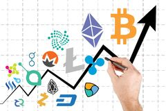 Grafico che mostra l'impulso di prezzi di cryptocurrency Fotografia Stock