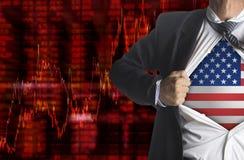 Grafico di caduta delle parti con l'uomo d'affari che mostra un supereroe Immagini Stock Libere da Diritti