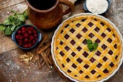 Grafico a torta casalingo della ciliegia Fotografia Stock Libera da Diritti