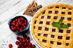 Grafico a torta casalingo della ciliegia Immagini Stock