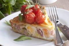 Grafico a torta dell'uovo e della pancetta affumicata Fotografie Stock Libere da Diritti
