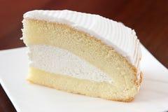 Grafico a torta squisito di Boston con crema fotografia stock libera da diritti