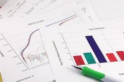 Grafiek, wetenschappelijke gegevens, pen Stock Foto's