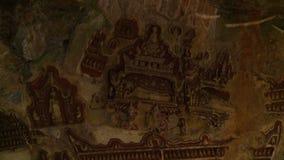 Grafik Carvings auf Höhlenwand stock video footage