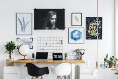 Grafiken auf der Wand Lizenzfreie Stockfotos