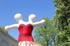 Grafikfrauentabelle zwei Köpfe, Leeuwarden-Kulturhauptstadt Europa Stockfotos