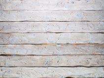 Grafische Betriebsmittel: Hintergrund von schäbigen weißen Brettern mit Spuren von Nägeln lizenzfreies stockbild