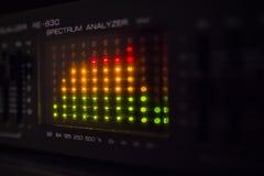 Grafische equaliserbars op een audiosysteem Stock Foto