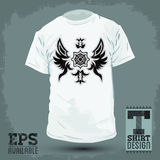 Grafisches T-Shirt Design - abstraktes luxuriöses heraldisches Design Lizenzfreies Stockfoto