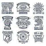 Grafisk design för sportemblemuppsättning för t-skjorta Royaltyfria Bilder