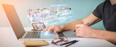 Grafisk formgivare som använder den holographic digitala projectien 3D för wireframe vektor illustrationer