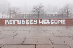 Grafiti των προσφύγων Καλώς ήρθατε στο Αμβούργο Γερμανία Στοκ Φωτογραφίες