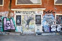 Grafitti i gatorna av Fremantle Royaltyfri Bild