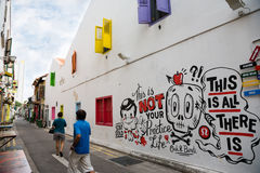 Grafitti i Haji Lane i Singapore Arkivbild