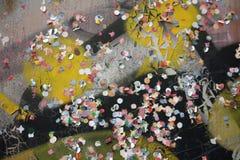 Grafitti och fragment arkivbilder