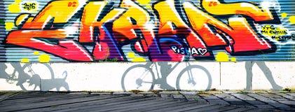 Grafitti och skuggor Arkivfoton