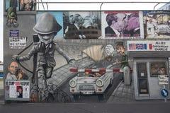 Grafitti på Berlin Wall Royaltyfria Bilder