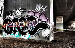 Grafitti under M25en Arkivbilder