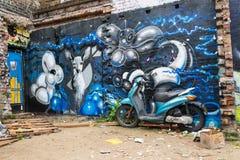 Grafittigatakonst i London Royaltyfri Foto