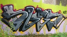 Grafittikonst på bron under A38 Derbyshire Royaltyfria Bilder