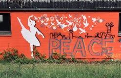 Grafittikonstbalettdansör royaltyfri bild