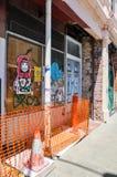 Grafittis e colocação de etiquetas: Fremantle, Austrália Ocidental Fotos de Stock Royalty Free