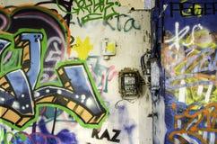 Grafittis na construção abandonada Fotos de Stock Royalty Free