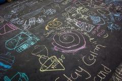 Grafittis na estrada Fotos de Stock Royalty Free