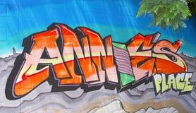 Grafittis urbanos da arte da rua em Alice Springs, Austrália Imagem de Stock