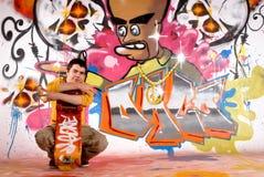 Grafittis urbanos do adolescente Imagens de Stock