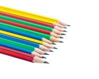 Grafitträblyertspennor för att skissa skottcloseupen på vitbaksida Royaltyfria Bilder