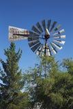 Grafsteen, Arizona, de V.S., 6 April, 2015, uitstekende windmolen Royalty-vrije Stock Afbeeldingen