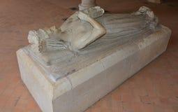 Grafsteen van een koningin van de vrouw Lionheart Berengere van Engeland Richard stock afbeelding