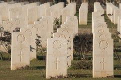 Grafstenen in de Begraafplaats van de Oorlog Cassino Stock Foto