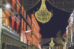 Grafton Street a Dublino ha decorato con le luci di Natale festive Fotografia Stock Libera da Diritti