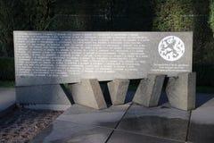 Grafzerken en standbeelden op het militaire gebied van eer in Grebberberg in Nederland, waar lof van soldeersel in 5 dagen voelde stock afbeeldingen