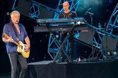 Graham Рассел от подачи воздуха, мелодии петь красивой на Epcot в мире 12 Уолт Дисней стоковое изображение