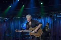 Graham Russell of Air Supply performs at B.B. King blues club an. NEW YORK, NEW YORK, USA - OCTOBER 13: Graham Russell of Air Supply performs at B.B. Kings blues Stock Images