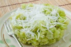 Grain déchiqueté de riz images stock