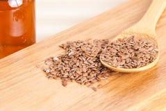 Graines de lin organiques - usitatissimum de Linum image libre de droits