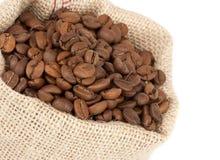 Grains de café dans un sac Photographie stock libre de droits