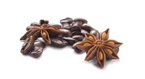 Grains de café et anis d'étoile Images libres de droits