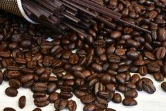 Grains de café frais rôtis Images libres de droits