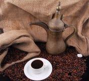 Grains de café frits Arabes Image libre de droits