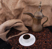Grains de café frits Arabes Photo stock