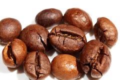 Grains de café macro Photographie stock libre de droits